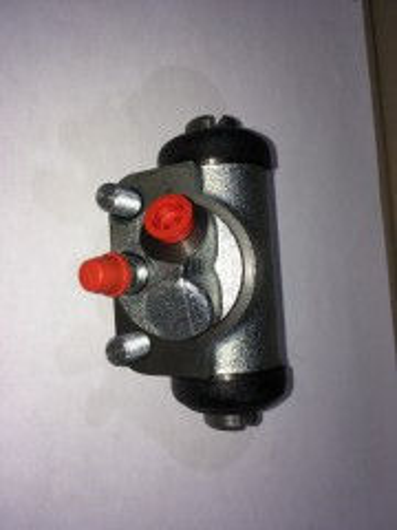Cylindre de Frein AR Droit DEFENDER 90 200TDI